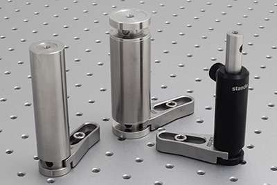 Mounting posts (3MP25, 2SR32) and post holder series 3PHB clamped by 3UTC universal fork clamp